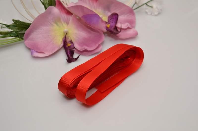 Vývazky, placky a stuhy - Taftová stuha - červená
