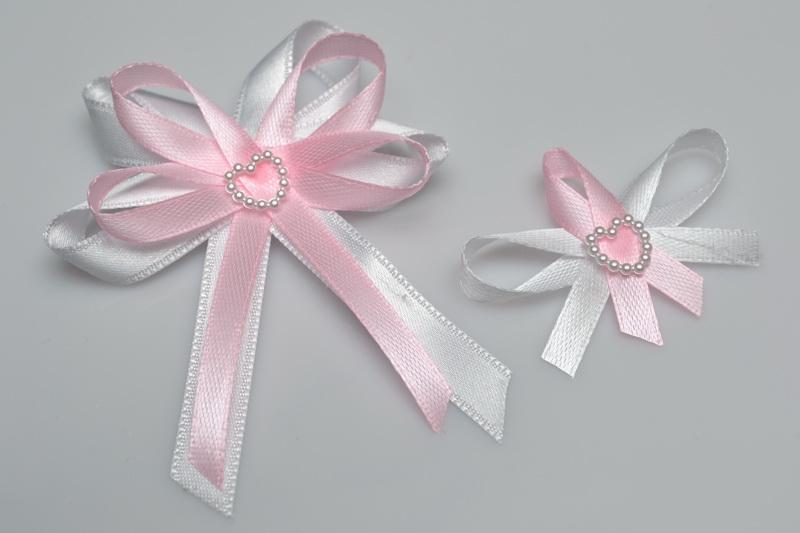 Vývazky, placky a stuhy - Svatební vývazek s perleťovým srdíčkem - růžová
