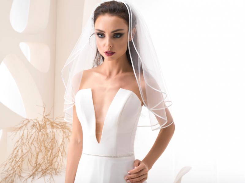 Doplňky pro nevěstu - Závoj se saténovým lemem