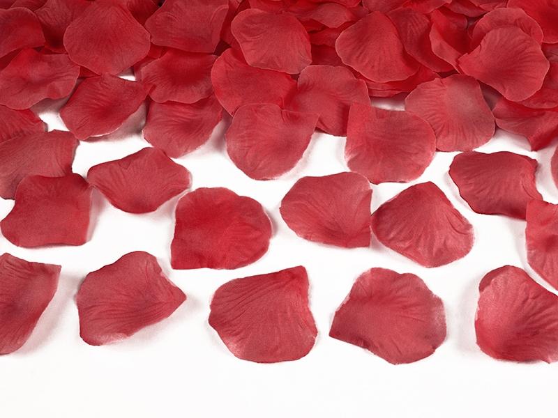 Dekorace na stůl - Plátky růží - červená