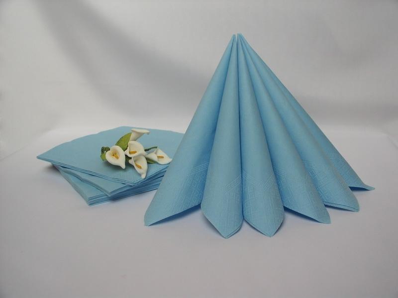 Dekorace na stůl - Dvouvrstvé ubrousky - světle modrá