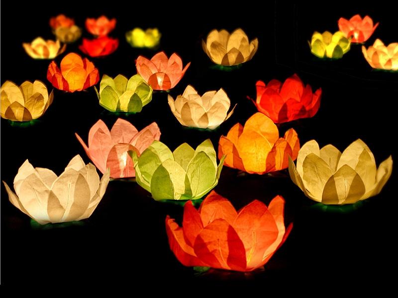 Lampióny štěstí - Plovoucí lampióny