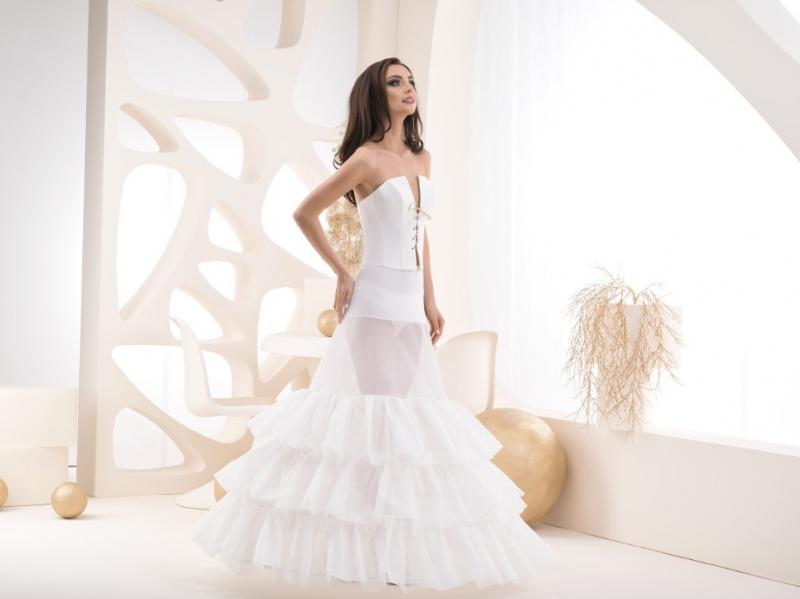 Doplňky pro nevěstu - Spodnice se třemi volány - obvod 320 cm